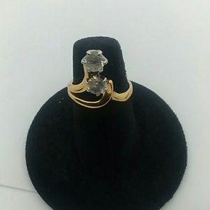 💍Size 6 Gold-Tone Fashion Ring